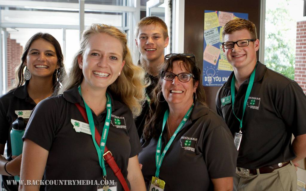 2018 4-H state officers with their advisor